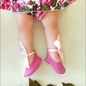 Baby girl suede soft shoes